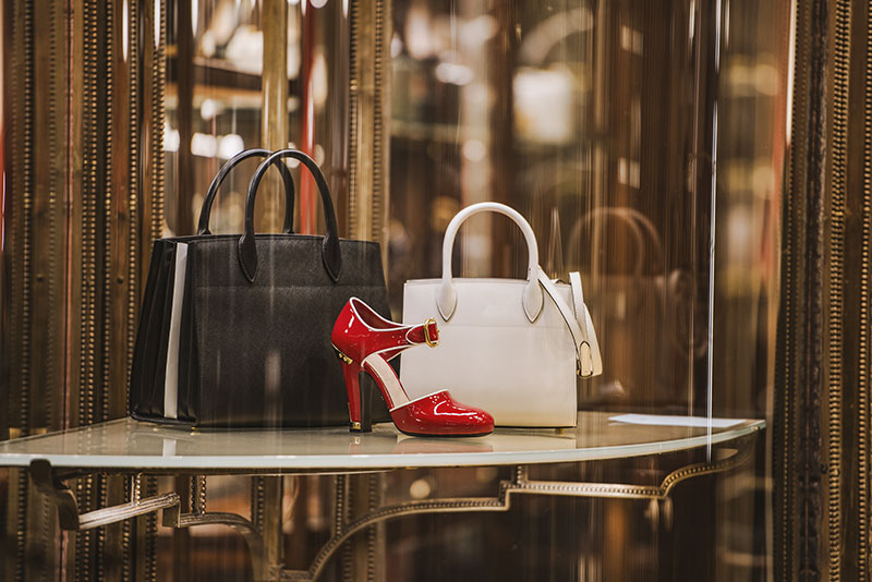 luxury escort ladys and shopping munich maximilianstrasse