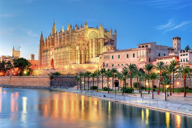Geniessen Sie Mallorca mit den Girls von Jessica's Escort
